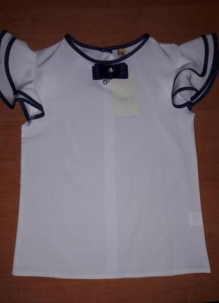 Очаровательная блузка с коротким рукавом