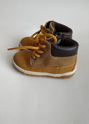 Ботинки на мальчика,демисезонные ботинки на мальчика,кожаные ботинки