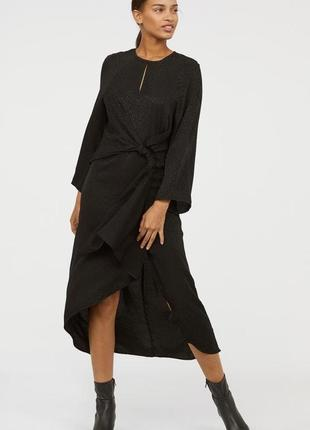 Фирменное, роскошное платье с жакардовым принтом