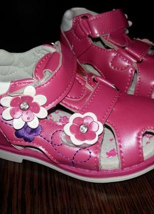 Сандалики сандалии босоножки на девочку.