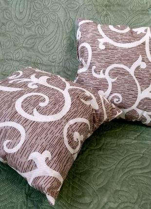 Декоративная подушка 45х45 серая спираль