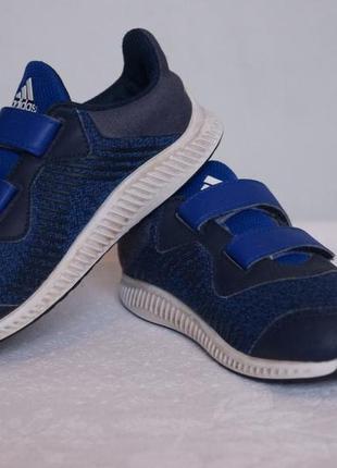 Супер легкие кроссовочки adidas adidas