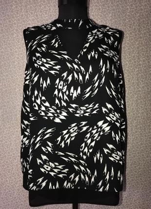 Красивейшая блуза с чокером и красивой спинкой4 фото