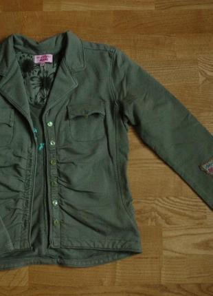 Трикотажный пиджак для девочки