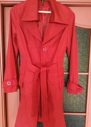 Плащ женский красный 44 46 классический пальто