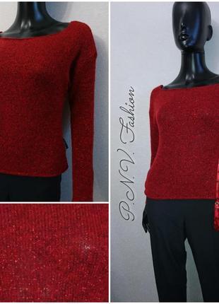 Красный свитер с люрексом базовая модель