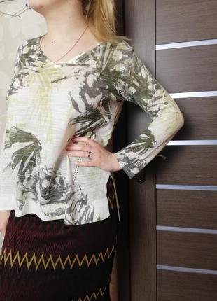 Фирменный легкий свитер тропический принт marks & spencer