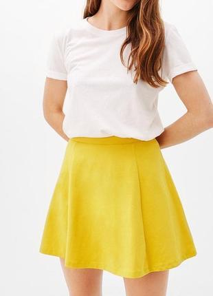 Хлопковая желтая летняя расклешенная юбка на высокой посадке bershka