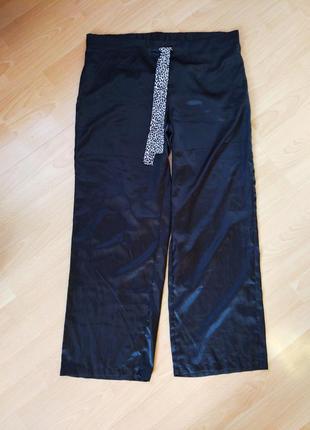 Тонкие пижамные штаны