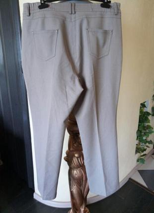 Не широкие,прямые брюки-джинсы,состояние новых,батал2 фото
