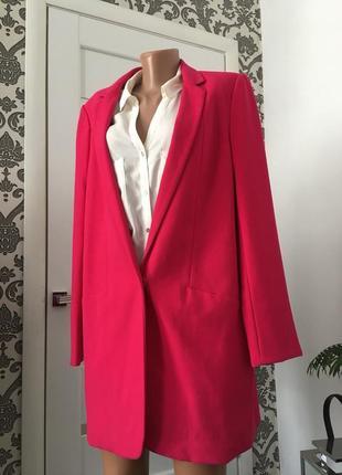 Next   малиновый пиджак2 фото