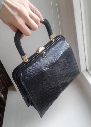 Кожаная винтажная сумка