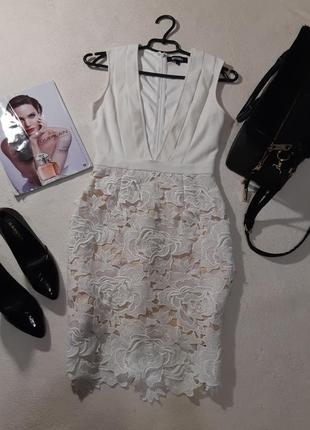 Очень красивое платье. размер s