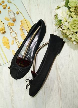 Tcm. кожа. комфортные базовые туфли на низком ходу