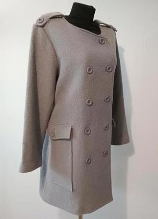 Пальто с накладными карманами 40 % шерсть