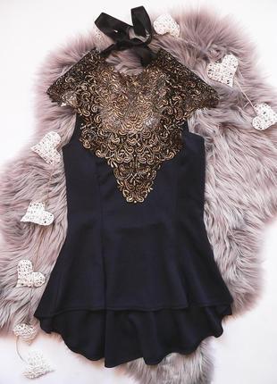 Обалденная блуза с баской italy размер s