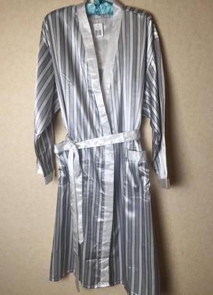 Роскошный сатиновый халат на хлопковой основе от isadora
