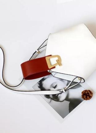 Трендовая кожаная сумка от johnny bag white белая,1 фото
