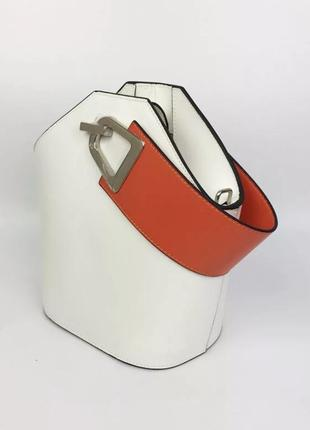 Трендовая кожаная сумка от johnny bag white белая,2 фото