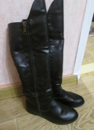 Сапоги зимние батфорды по колено. качество просто супер евро кожа. густой мех.