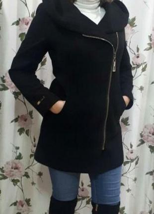 Демісезонне пальто-косуха
