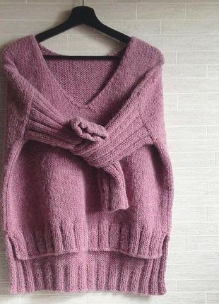 Супер модный пуловер.