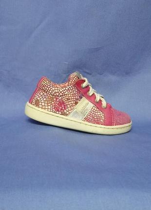 Лёгкие кожаные туфельки для малышки 🌺