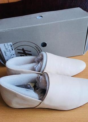 Кожаные лаферы, туфли  hm