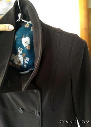 Скидка!!! классное пальто весна,  пальто benettonраз.с-м4 фото