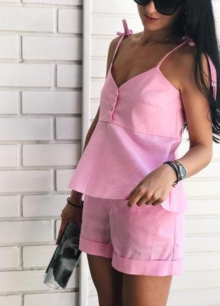 Стильный розовый костюм на лето со льна