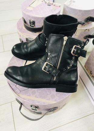 Zara girls стильные ботинки с декором zara