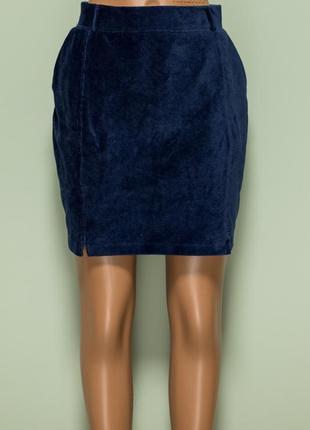 Новая с биркой вельветовая темно-синяя юбка с двумя разрезами впереди