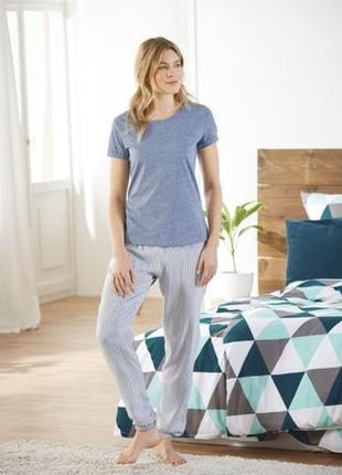 Стильная пижама футболка и штаны esmara