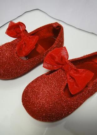 Красивые блестящие туфли балетки h&m р. 20-21-22 стелька 13 см