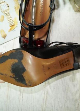 San marina. италия. кожа. красивые туфли лодочки с ремешками5 фото