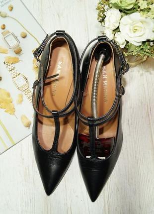 San marina. италия. кожа. красивые туфли лодочки с ремешками6 фото