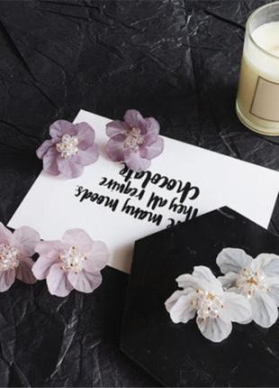 Очаровательные нежные цветы-серьги