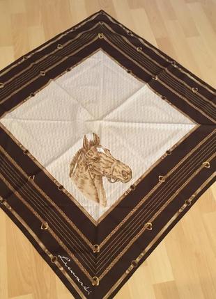 Платок лошадка leonardi