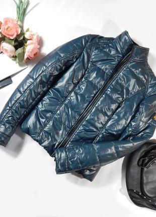 Шикарная брендовая блестящая дутая стеганная куртка деми