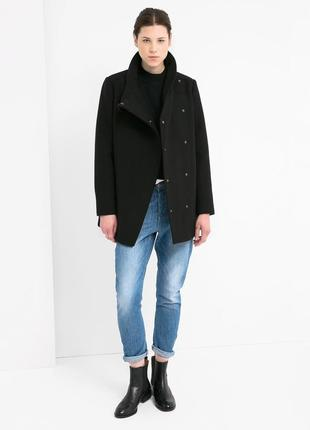 Женское черное пальто mango