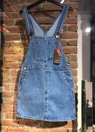 Комбинезон джинсовый голубой синий на бретелях с карманами