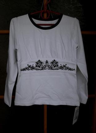 Блузка с вышивкой для девочки