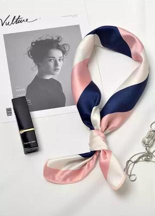 Стильный атласный шарфик
