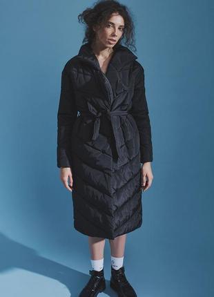 Теплое пальто irina tydnyuk черное на запахе