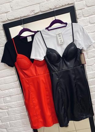 Стильный комплект платье и футболка в наличии италия
