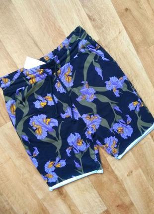 Новые мужские шорты с бирками, привезены с польши в двух размерах