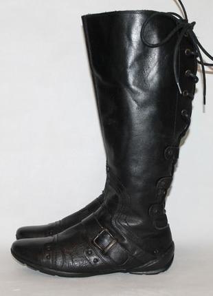Комфортные кожаные сапоги на низком ходу с широким голенищем 39 размер