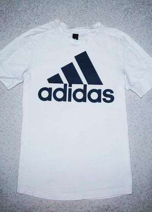 Футболка adidas  10-11лет