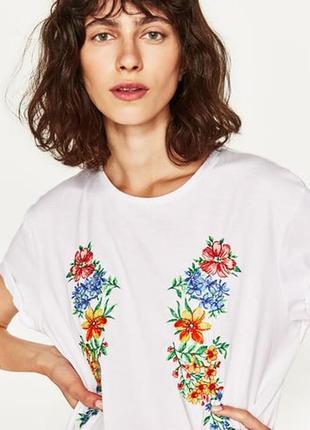 Стильная футболочка с вышивкой zara м-l-хl