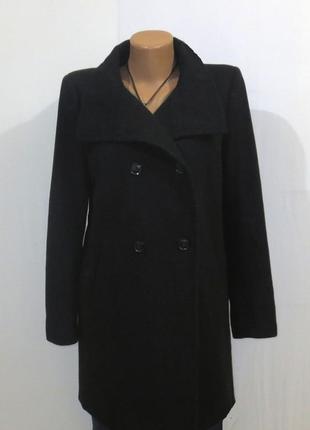 Черное шерстяное пальто от benetton размер: 48-l